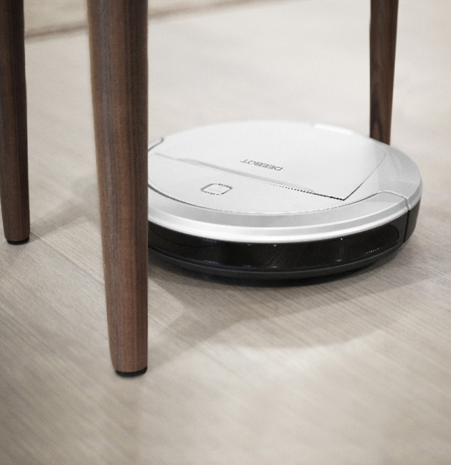 selling_point_1498481101Robot-Vacuum-Cleaner-DEEBOT-81-Pro-(Europ-Silver)-12.jpg